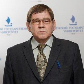 Заведующий кафедрой органической и экологической химии Паничев Сергей Александрович, профессор, д.пед.наук