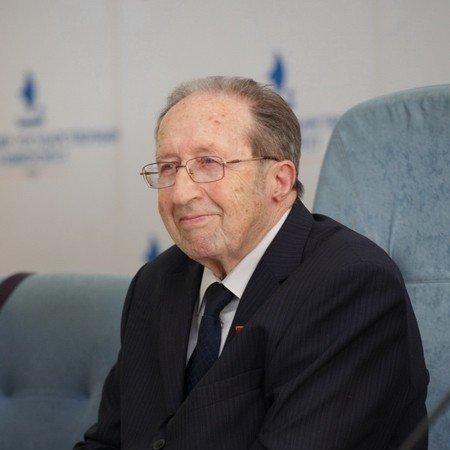 Владимир Загвязинский